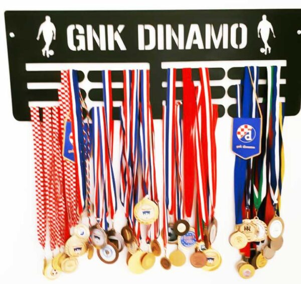 stalak-za-medalje-trostruki-dinamo