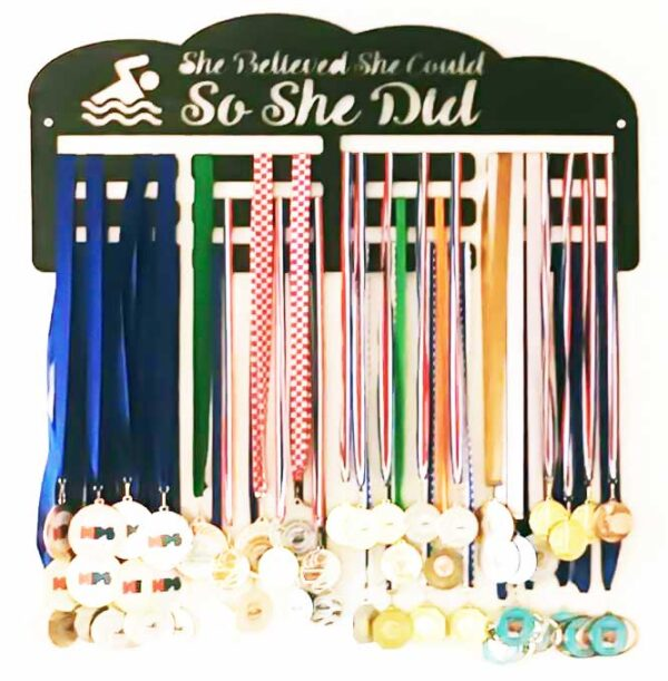 stalak-za-medalje-trostruki-plivanje