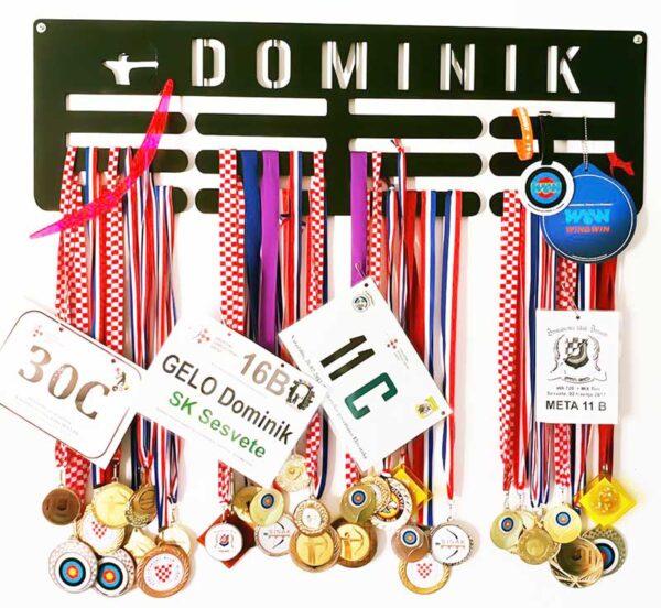 stalak-za-medalje-trostruki-streličarstvo